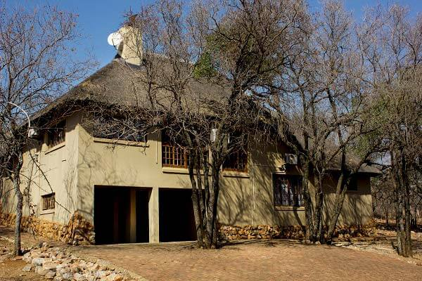 Thabaledi-Game-Lodge-Chalet-Services